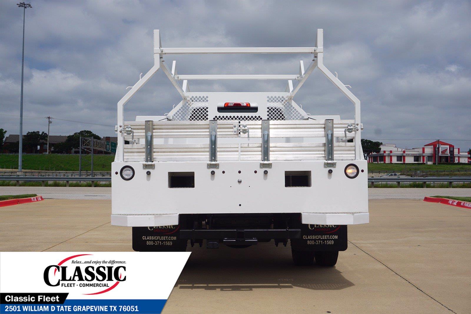 2020 Chevrolet Silverado 5500 Crew Cab DRW 4x4, RhinoPro Truck Outfitters Contractor Body #LH866279 - photo 7