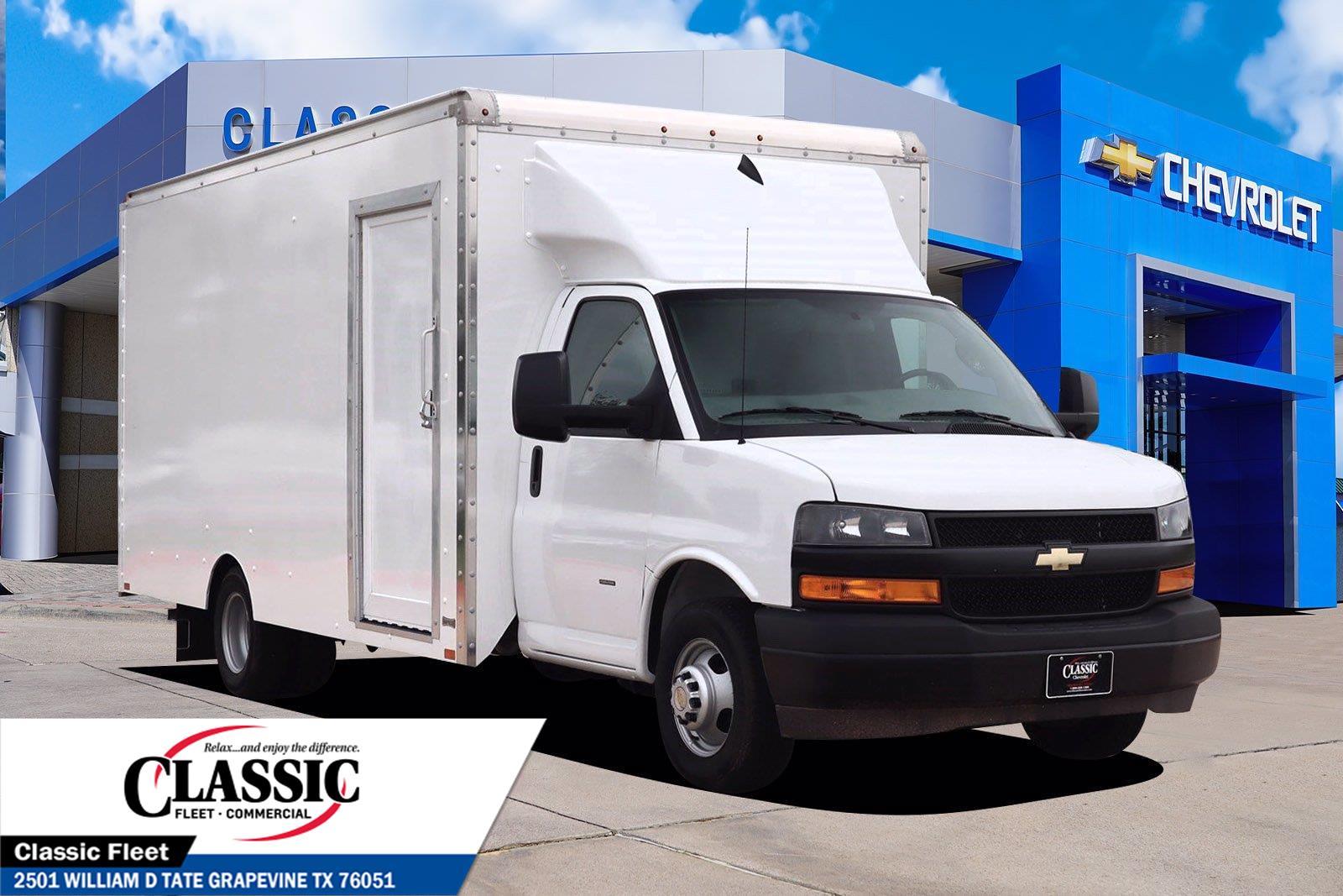 2020 Chevrolet Express 3500 DRW 4x2, Knapheide Cutaway Van #LN012552 - photo 1