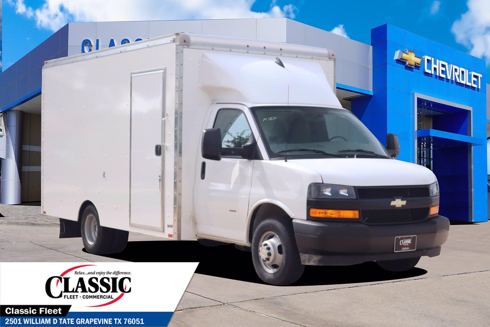 2021 Chevrolet Express 3500 4x2, Knapheide Cutaway Van #M1151305 - photo 1