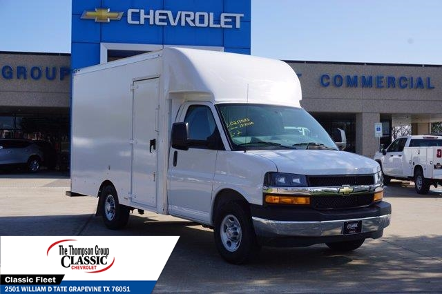 2021 Chevrolet Express 3500 4x2, Supreme Spartan Cargo Cutaway Van #M1166398 - photo 3