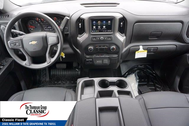 2021 Chevrolet Silverado 3500 Crew Cab AWD, Royal Utility Crane Body Mechanics Body #MF130575 - photo 32