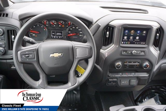 2021 Chevrolet Silverado 3500 Crew Cab AWD, Royal Utility Crane Body Mechanics Body #MF130575 - photo 33