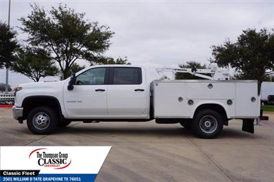 2021 Chevrolet Silverado 3500 Crew Cab AWD, Royal Utility Crane Body Mechanics Body #MF130575 - photo 6
