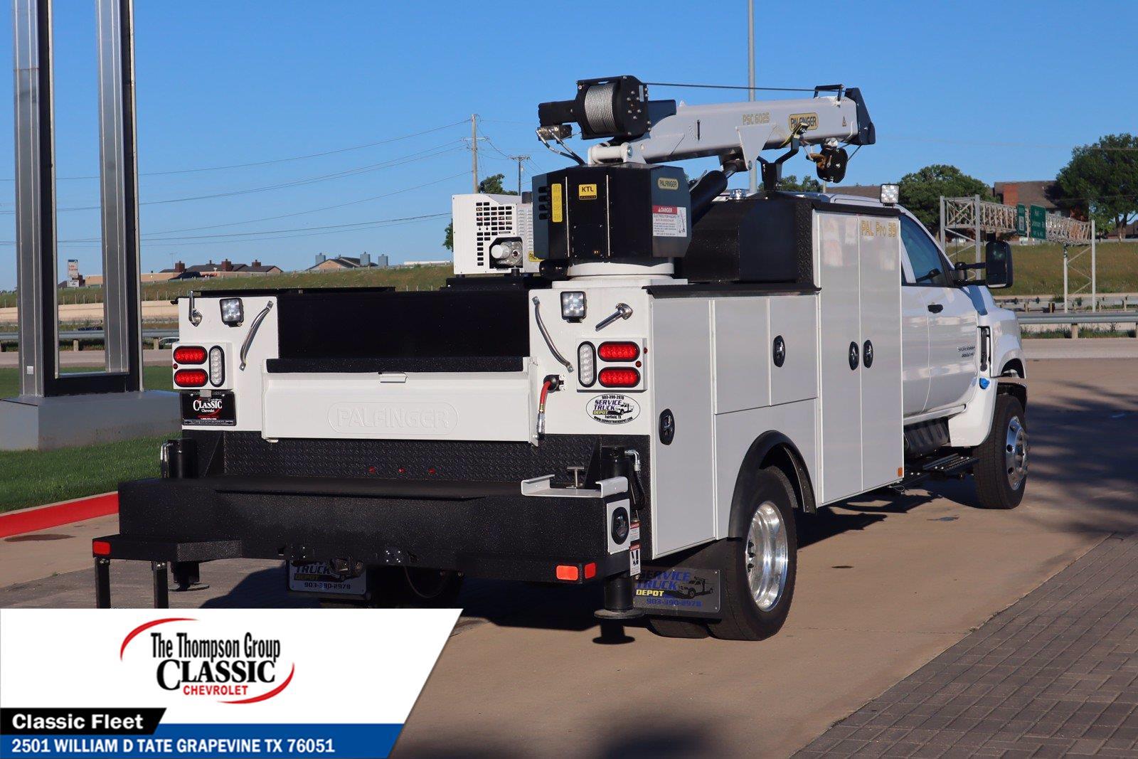 2021 Chevrolet Silverado 5500 Crew Cab DRW 4x4, Palfinger Mechanics Body #MH671088 - photo 1