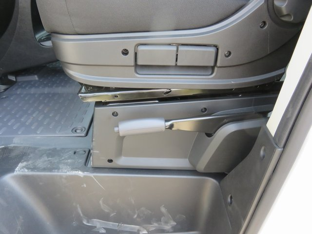 2018 ProMaster 1500 Standard Roof FWD,  Empty Cargo Van #D18041 - photo 11