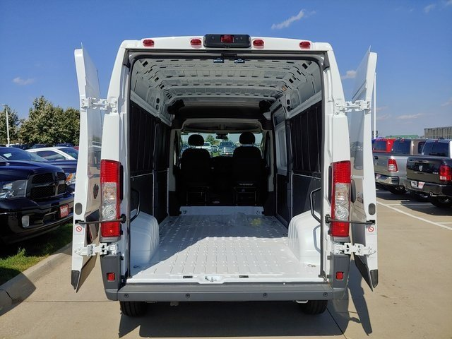 2018 ProMaster 2500 High Roof FWD,  Empty Cargo Van #D181044 - photo 2