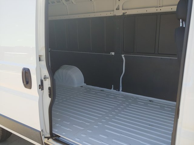 2018 ProMaster 2500 High Roof FWD,  Empty Cargo Van #D181044 - photo 20