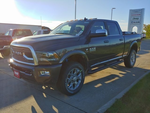 2018 Ram 2500 Crew Cab 4x4,  Pickup #D181446 - photo 4