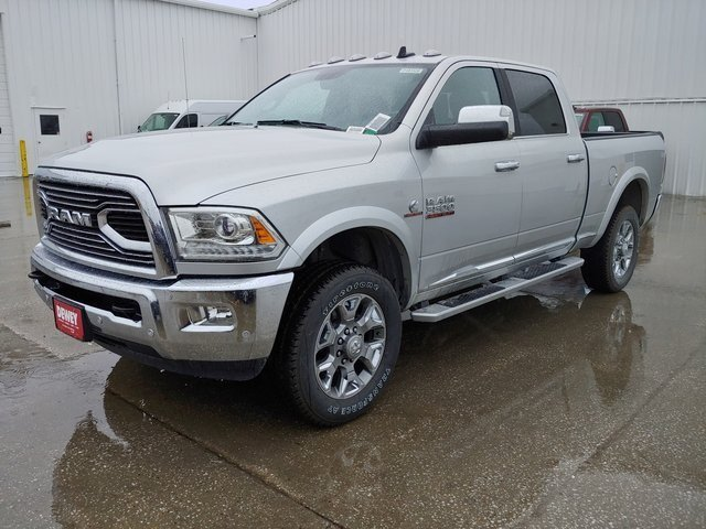 2018 Ram 3500 Crew Cab 4x4,  Pickup #D181520 - photo 4