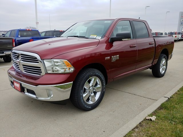 2019 Ram 1500 Crew Cab 4x4,  Pickup #D19653 - photo 4