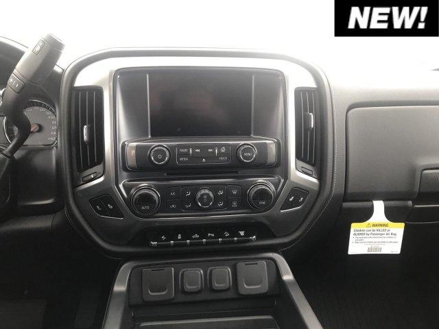 2019 Silverado 2500 Crew Cab 4x4,  Pickup #C19-122 - photo 6