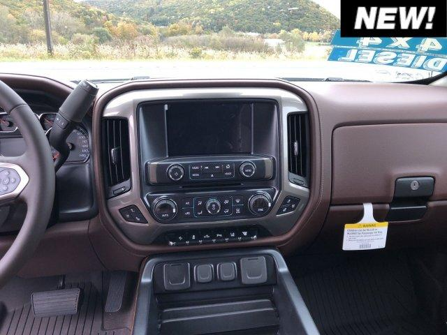 2019 Silverado 2500 Crew Cab 4x4,  Pickup #C19-171 - photo 4
