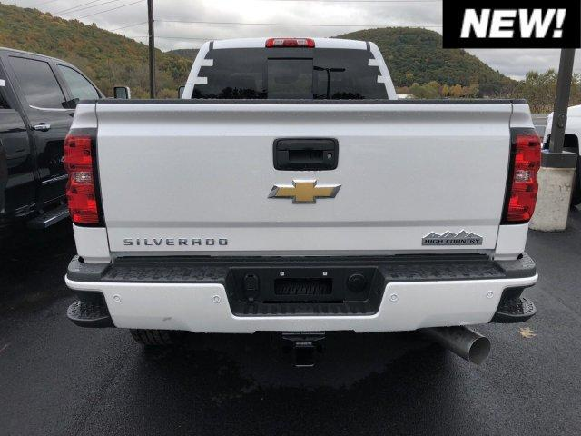 2019 Silverado 2500 Crew Cab 4x4,  Pickup #C19-171 - photo 8
