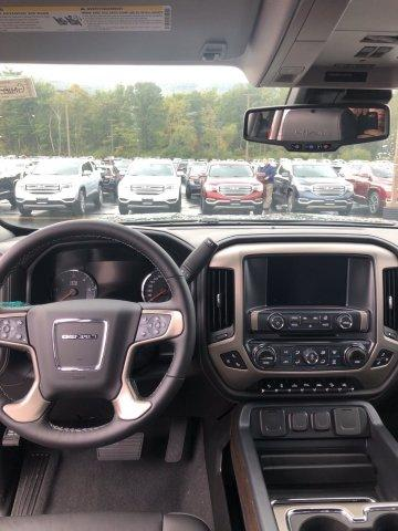 2018 Sierra 1500 Crew Cab 4x4,  Pickup #GM18-373 - photo 5