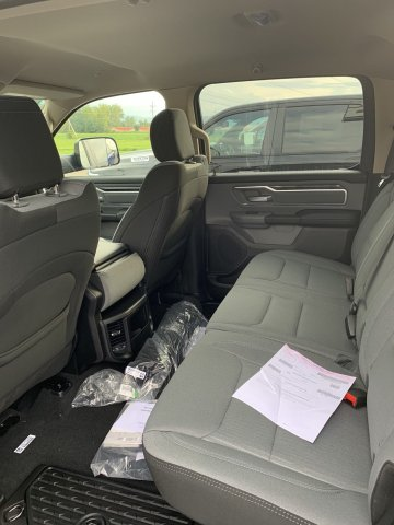 2019 Ram 1500 Crew Cab 4x4,  Pickup #D19-18 - photo 7