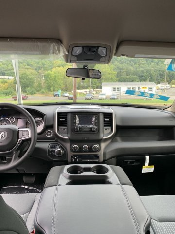 2019 Ram 1500 Crew Cab 4x4,  Pickup #D19-22 - photo 4