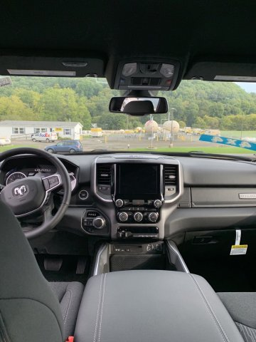 2019 Ram 1500 Crew Cab 4x4,  Pickup #D19-31 - photo 5
