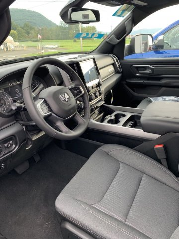 2019 Ram 1500 Crew Cab 4x4,  Pickup #D19-33 - photo 3