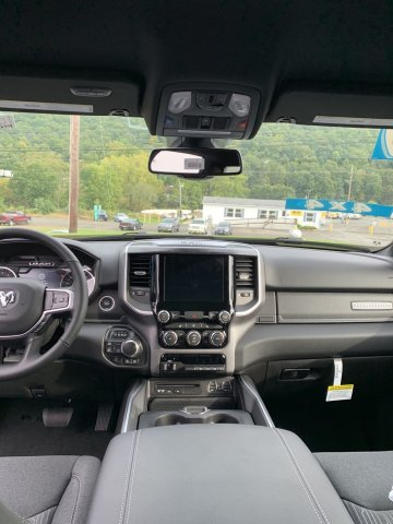 2019 Ram 1500 Crew Cab 4x4,  Pickup #D19-33 - photo 4