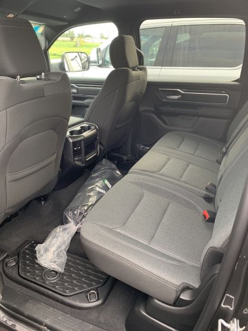 2019 Ram 1500 Crew Cab 4x4,  Pickup #D19-6 - photo 6
