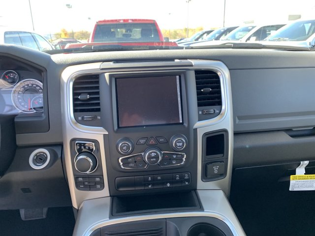 2019 Ram 1500 Crew Cab 4x4,  Pickup #D19-63 - photo 6
