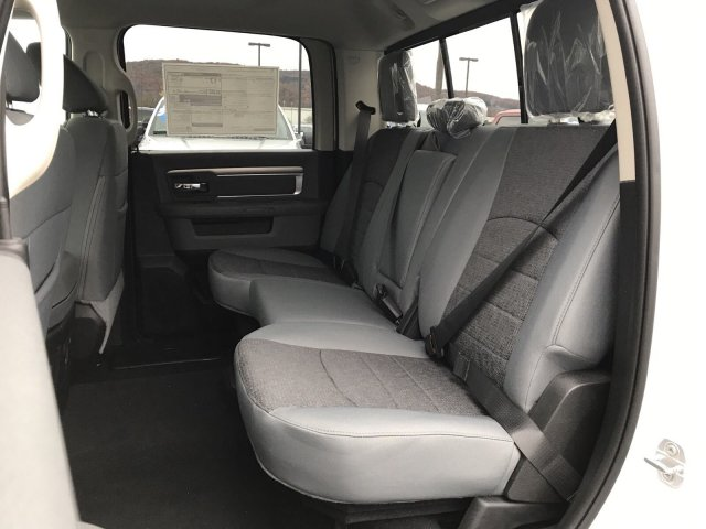 2019 Ram 1500 Crew Cab 4x4,  Pickup #D19-65 - photo 7