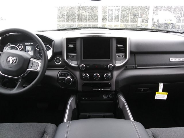 2019 Ram 1500 Crew Cab 4x4,  Pickup #D19-73 - photo 5