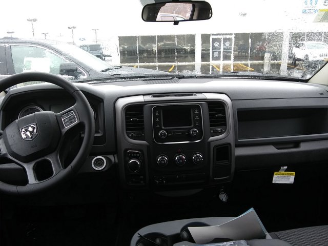 2019 Ram 1500 Quad Cab 4x4,  Pickup #D19-76 - photo 5