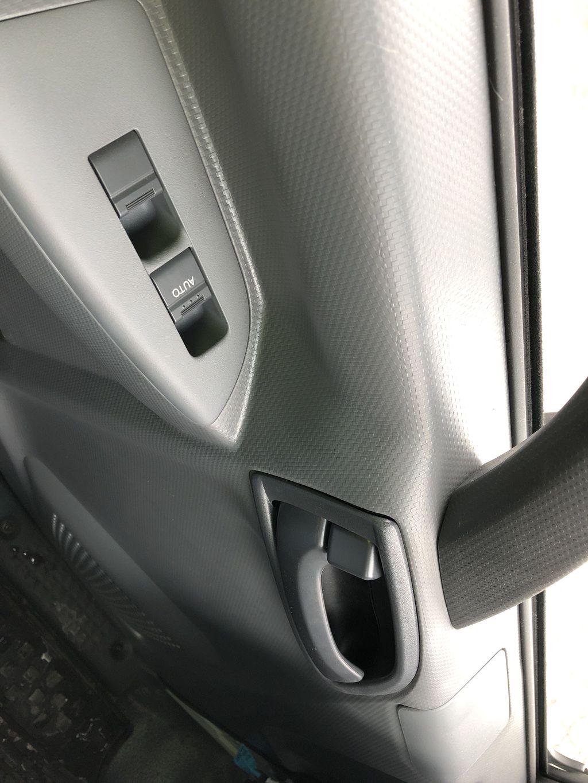 2018 LCF 4500 Regular Cab 4x2,  F. Barkow Glass Body #21461T - photo 7