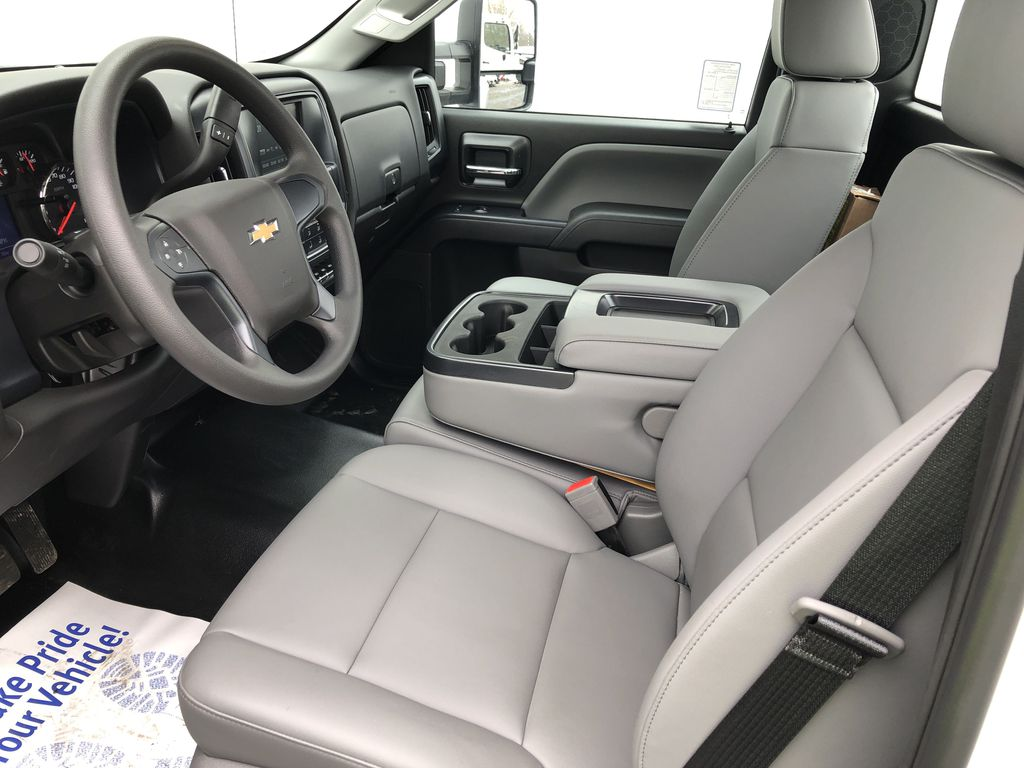 2019 Silverado Medium Duty Regular Cab DRW 4x2, Reading SL Service Body #22065T - photo 5
