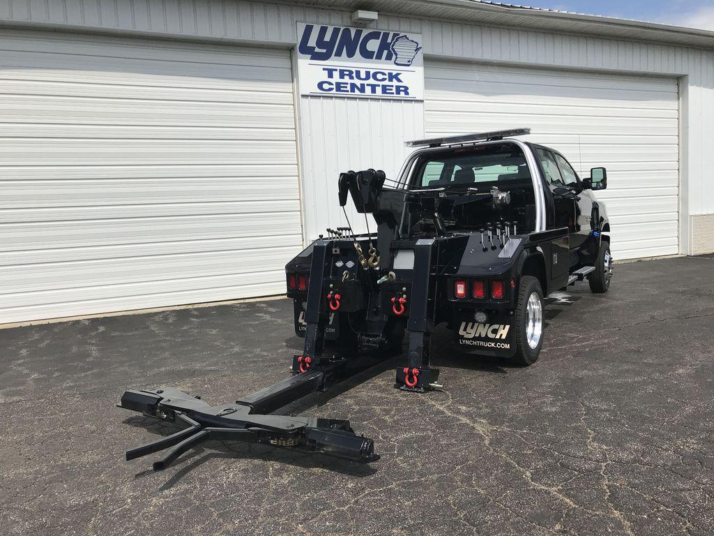 2019 Silverado Medium Duty DRW 4x4,  Chevron Model 408 Wrecker Body #22198W - photo 13