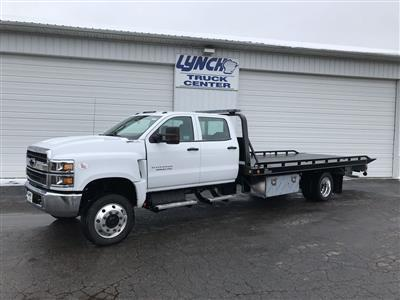 2019 Silverado Medium Duty Crew Cab DRW 4x4, Miller Industries Vulcan Rollback Body #22206W - photo 3
