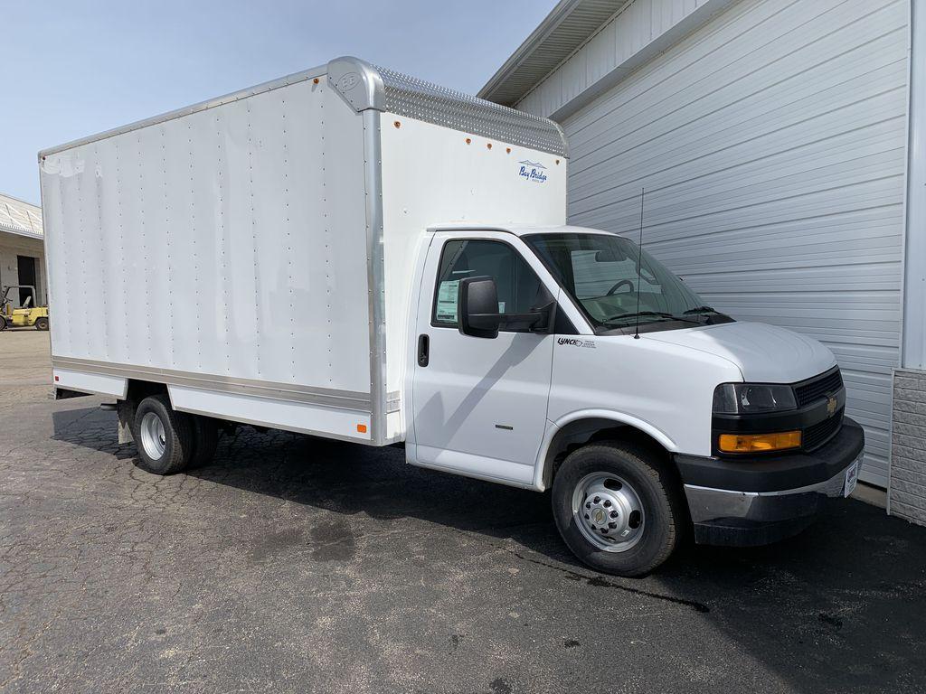 2019 Express 3500 4x2, Bay Bridge Sheet and Post Cutaway Van #22282T - photo 14