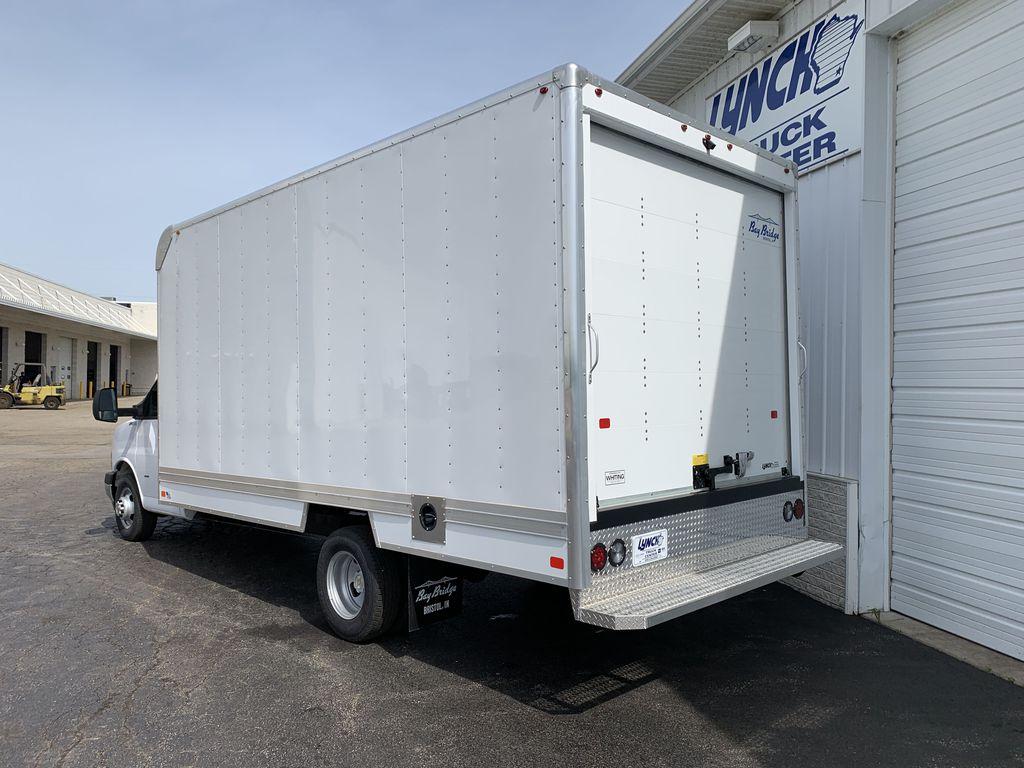 2019 Express 3500 4x2, Bay Bridge Sheet and Post Cutaway Van #22282T - photo 2