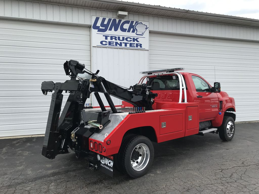 2019 Silverado Medium Duty Regular Cab DRW 4x4, Wrecker Body #22324W - photo 1