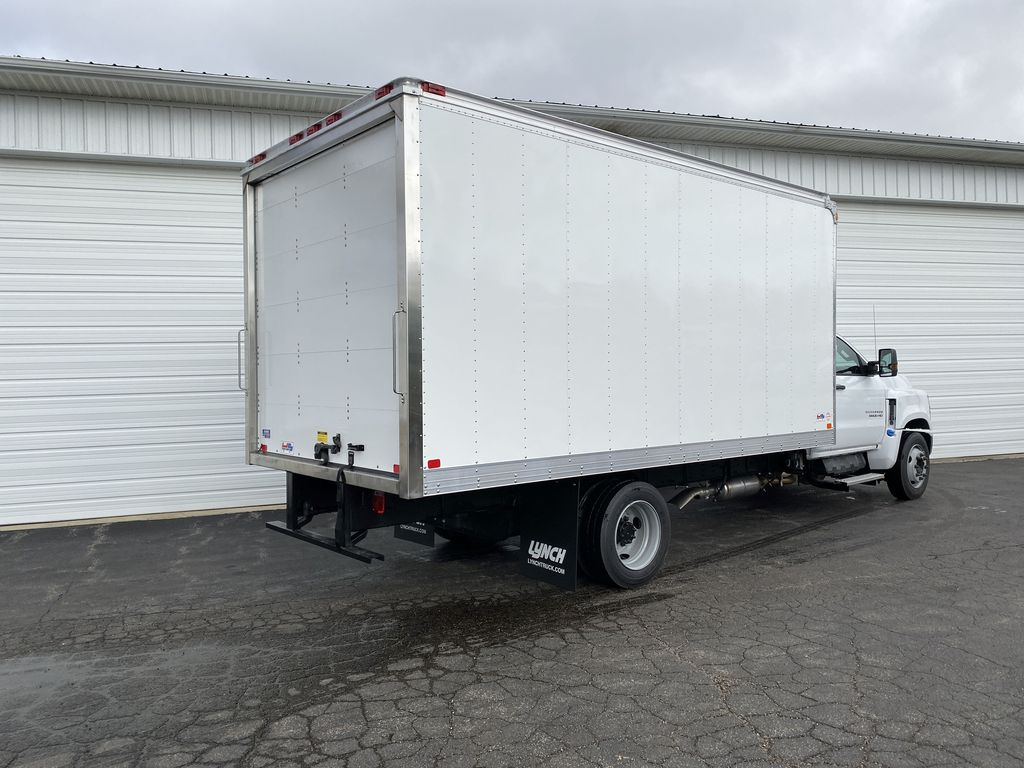 2019 Silverado Medium Duty Regular Cab DRW 4x2, U.S. Truck Body Dry Freight #22374T - photo 2