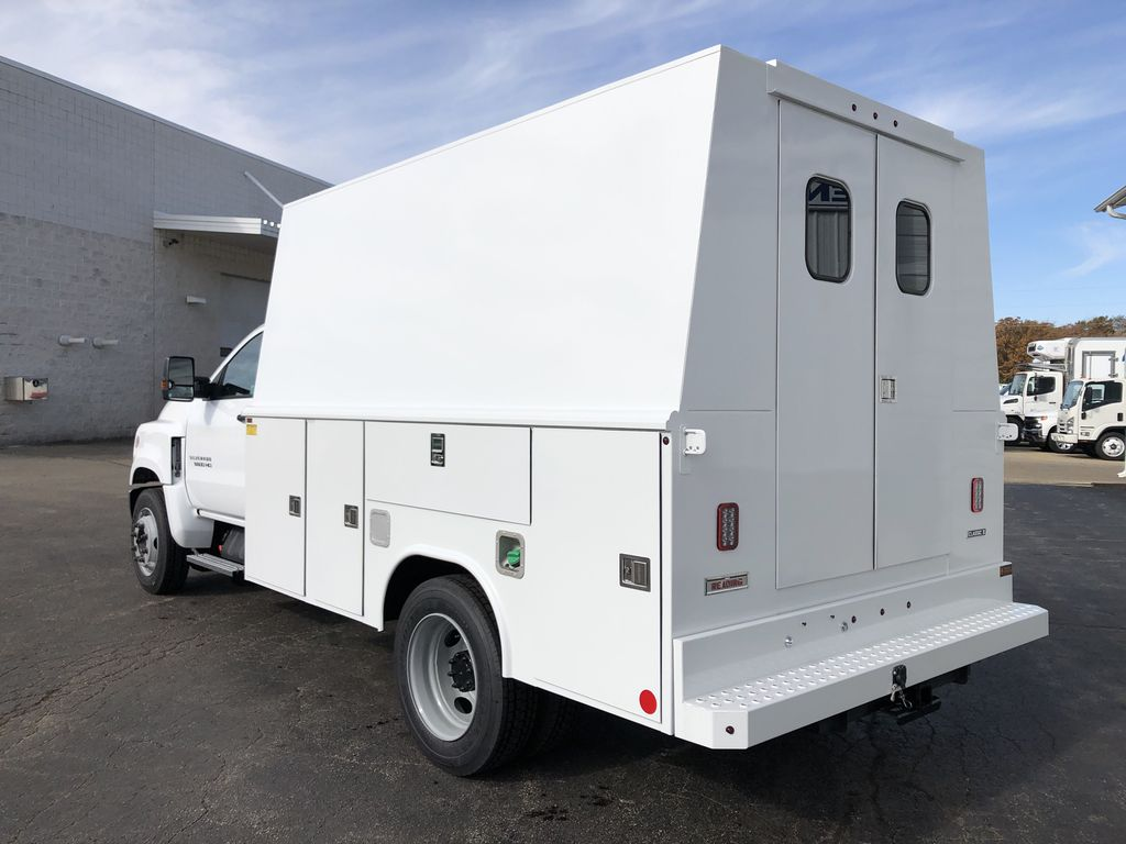 2019 Silverado Medium Duty Regular Cab DRW 4x2, Reading Service Body #22437T - photo 1