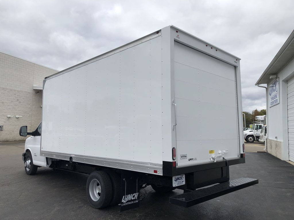 2019 Express 4500 4x2, Supreme Cutaway Van #22495T - photo 1