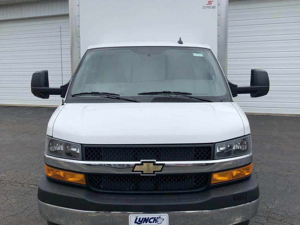 2019 Express 4500 4x2, Supreme Iner-City Cutaway Van #22495T - photo 15