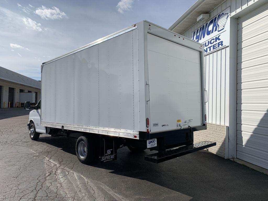 2019 Express 4500 4x2, Supreme Cutaway Van #22533T - photo 1