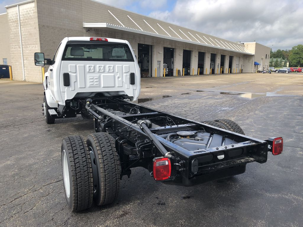 2019 Silverado Medium Duty Regular Cab DRW 4x4, Cab Chassis #22626T - photo 1