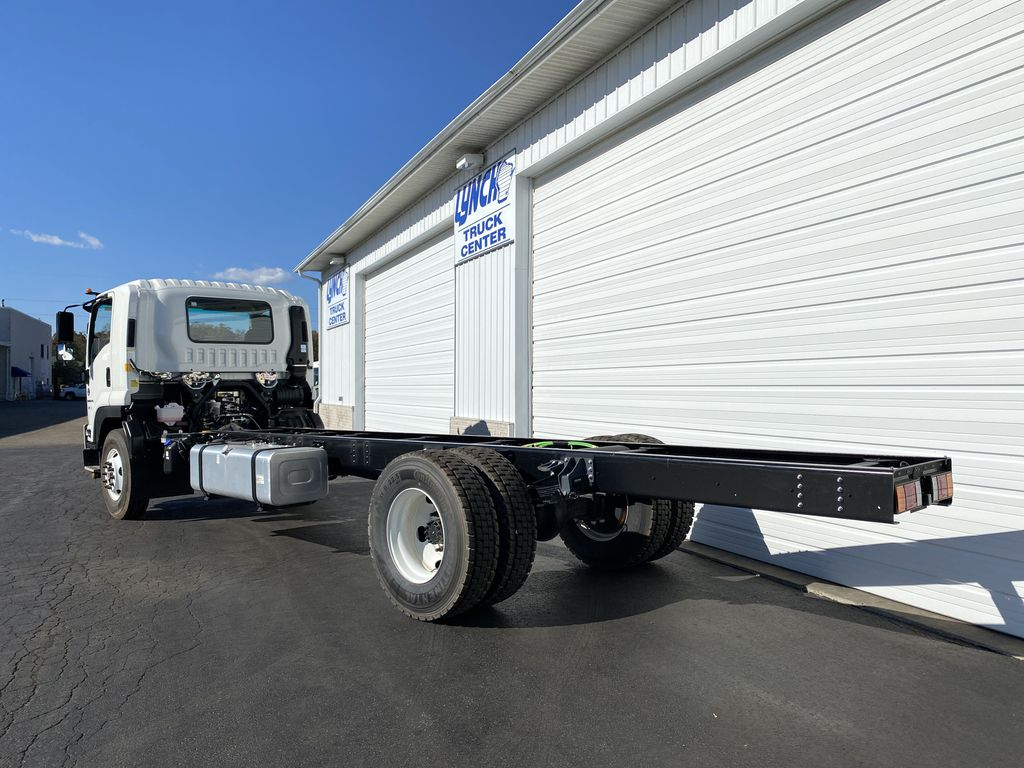 2020 Chevrolet LCF 6500XD Regular Cab RWD, Cab Chassis #23375T - photo 1