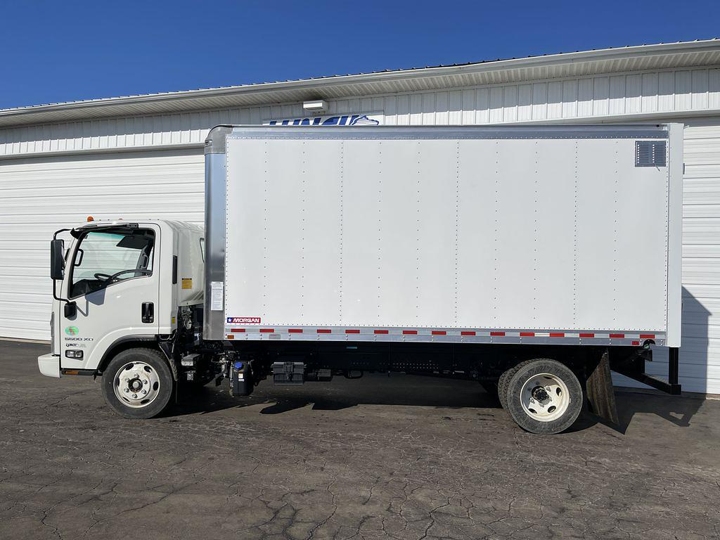 2020 Chevrolet LCF 5500XD Regular Cab DRW 4x2, Morgan Dry Freight #23480T - photo 9