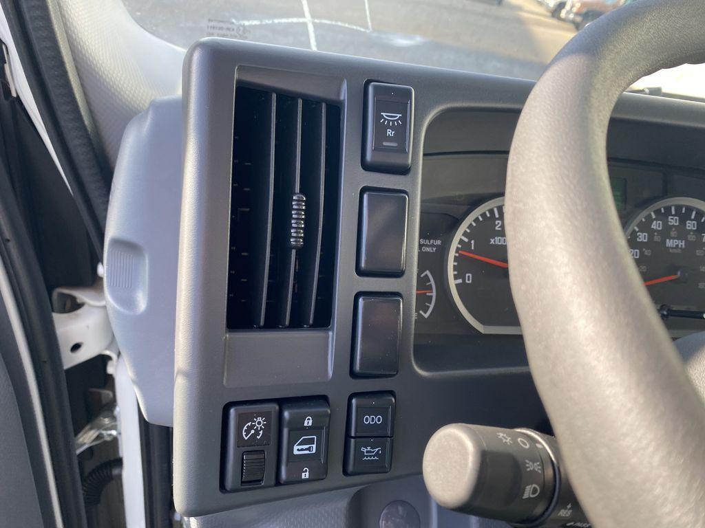 2020 Chevrolet LCF 5500XD Regular Cab DRW 4x2, Morgan Dry Freight #23480T - photo 7