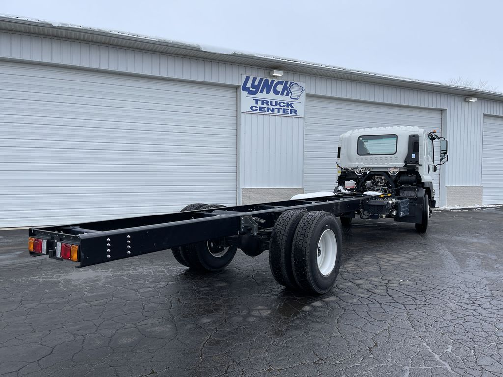 2020 Chevrolet LCF 6500XD Regular Cab DRW 4x2, Cab Chassis #23575T - photo 1