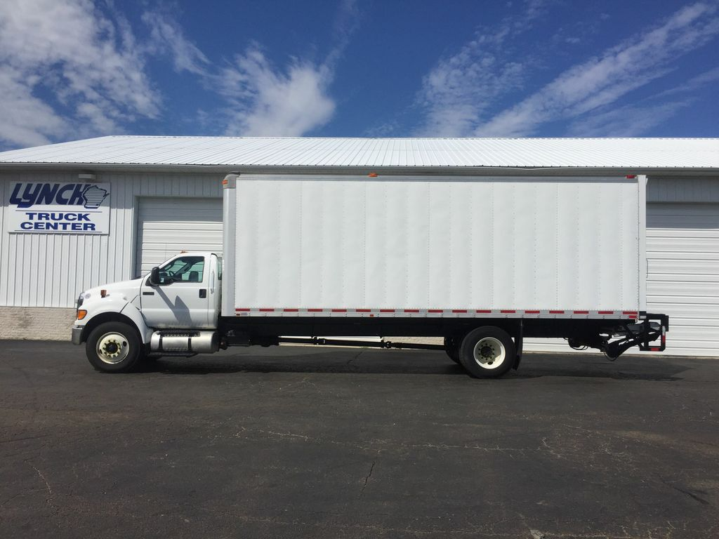 2013 F-750 Regular Cab DRW 4x2, Morgan Dry Freight #8960 - photo 4