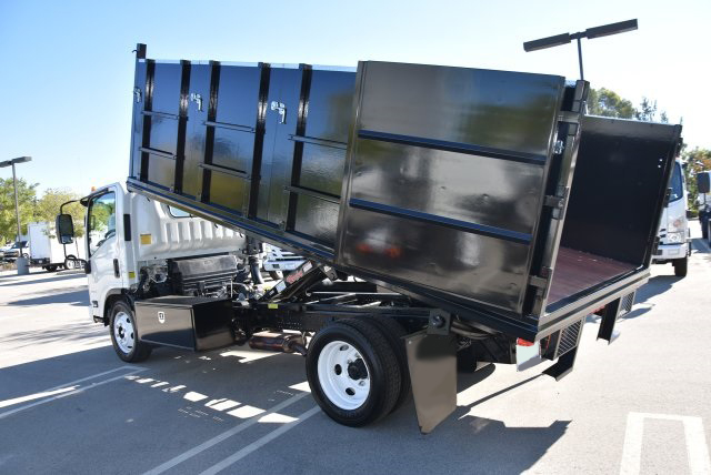 2018 Chevrolet LCF 4500 4x2, Martin Landscape Dump #M18764 - photo 12