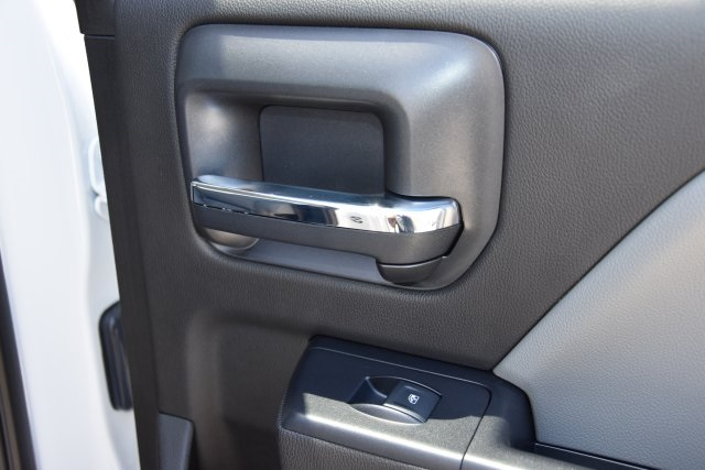2018 Chevrolet Silverado 2500 4x2, Service Body #M18864 - photo 18