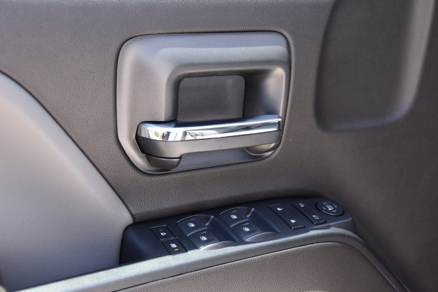 2018 Chevrolet Silverado 2500 4x2, Service Body #M18864 - photo 20