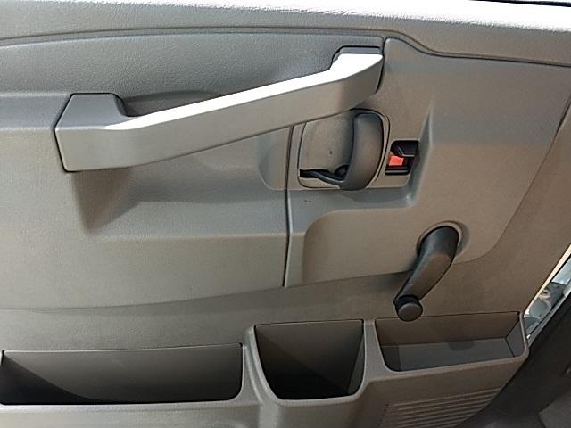 2018 Savana 2500,  Knapheide KCA Cutaway Van #GJ006540 - photo 6